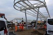 Stavba autobusového přestupního terminálu ve Velešíně.