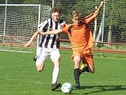 Oblastní I.A třída dorostu – 26. kolo: Spartak Kaplice / Dynamo Vyšší Brod (černobílé dresy) – Lokomotiva České Velenice 17:0 (6:0).