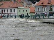 Most na Plešivci odolával.
