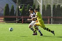 Šesté kolo I. A třídy sk. A muži: FK Spartak Kaplice – SK Lhenice. Na snímku František Marek vs. Roman Iliev.