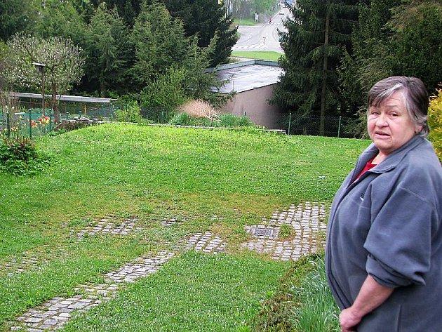 Paní Vaňkovou z Horní Brány může stavba možná připravit i o její vlastní rodinný dům. Tunel je ale prý podle politiků stále ještě hudbou budoucnosti s otazníkem navíc.