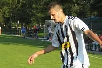 Kaplický Marek Urazil se postaral o jednu trefu svého týmu v souboji s Planou, který Spartak po remíze 2:2 prohrál na penalty.