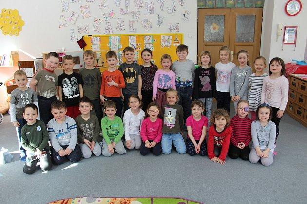 Vkrumlovské školce na Tavírně jsou dvě třídy, předškoláků mají sedmnáct. Všichni už jsou kdubnovému zápisu skvěle připraveni.