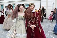 Již po 33. se bude v Českém Krumlově konat historický multižánrový festival Slavnosti pětilisté růže.
