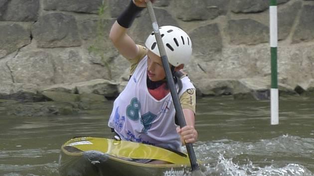 Nejlepší formu z krumlovských nadějí na Moravě ukázal Vojtěch Klíma, který vybojoval jednu slalomovou a čtyři sjezdové medaile v hodnocení mladších žáků.
