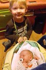 Soběnovští Blanka Sedláčková a Radek Saňák přivedli 24. října 2017 na svět svého druhorozeného syna. Václav Saňák se narodil v krumlovské porodnici osm minut po půl deváté ráno s mírou 51 centimetrů a váhou 3 440 gramů. Doma ho přivítal bráška Vojtík.