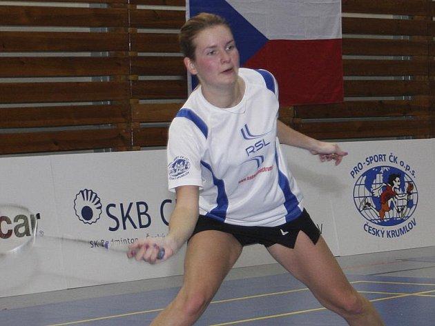 Štěpánka Vazačová vybojovala na domácích kurtech tři přebornické tituly a ziskem zlatého hattricku se po zásluze stala nejúspěšnější účastnicí krajského přeboru jednotlivců.