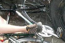 Cyklistka upadla ve vojenském výcvikovém prostoru Boletice.