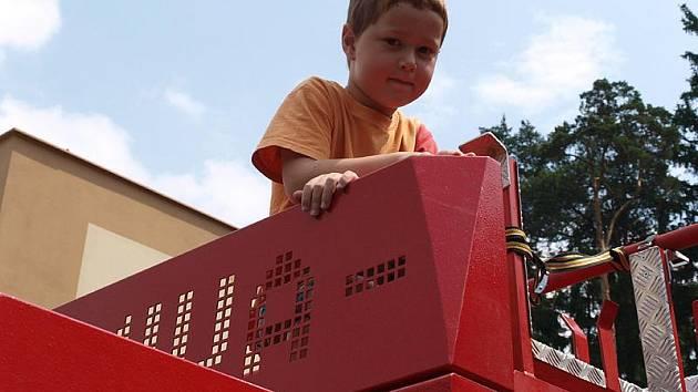 Zejména děti využily možnosti prohlédnout si hasičskou techniku.