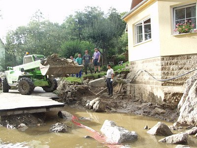 Povodeň brala nejen lidem nejen životy, ale i domovy...