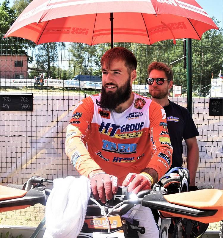Václav Kovář byl nejlepším českým jezdcem na motokrosu v Kaplici.