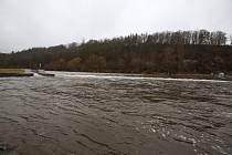 Řeka Vltava ve Zlaté Koruně.