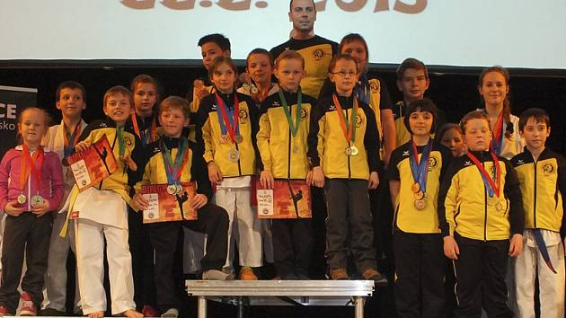 Velmi početnou více než třicetičlennou výpravu nadějí vyslal oddíl Karate Panthers Český Krumlov na turnaj Ligy talentů&Kid Cupu.