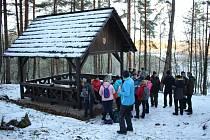 Společný výšlap na Granátník z Srnína s chutí přivítalo kolem pěti desítek zájemců.