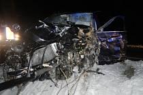U Hořic došlo v úterý nad ránem k vážné dopravní nehodě.