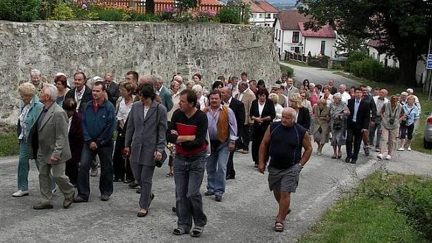 V červenci se každoročně koná ve Světlíku Svatojakubská pouť.
