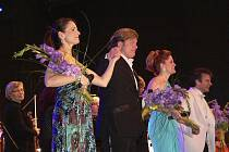 Anne Runolfsson, Rob Evan, Christiane Noll a dirigent Randall Craig Fleischer.