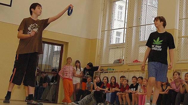 Síťová hra ringo, která prověří hbitost a soustředěnost soutěžících, bude součástí kaplického klání.