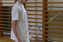 PETR BERAN si s badmintonovým náčiním velmi dobře rozumí, o čemž znovu přesvědčil i v reprezentačním dresu při juniorském šampionátu Maďarska v Pécsi.