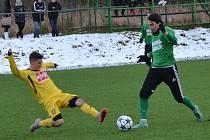 Hru krumlovského týmu ve druhé půli oživil střídající rekonvalescent Dominik Tůma (vpravo), který se v 65. minutě zapsal i do střelecké listiny.