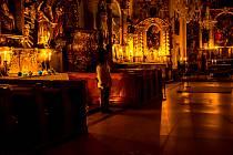 Návštěvníci kláštera v Českém Krumlově mohli rozjímat nad Božím hrobem.