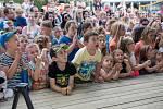 Štístko a Poupěnka na pláži v Černé byly pro děti velkým lákadlem.