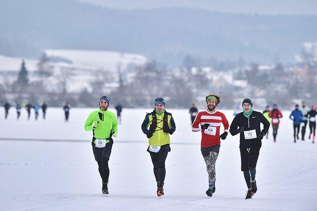 Trasa Lipno Ice Marathonu v Černé byla náročná - přesně tak, jak závodníci chtěli a očekávali.