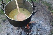 Kapustová polívka Petra Apfelthalera z Hořic na Šumavě.