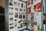 Novou historickou expozici v obecním úřadě zahájila starostka Benešova nad Černou Veronika Zemanová Korchová.