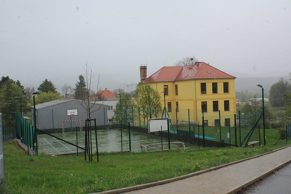 Základní škola v Kájově.