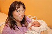 Dvaapadesát centimetrů a 3785 gramů. Takové byly porodní míry Anny Micákové, jež spatřila světlo světa vneděli 10. ledna 2016 tři minuty po deváté hodině ranní. U porodu miminka loučovických Jarmily Povolné a Jana Micáka tatínek asistoval.