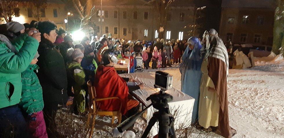 Představení Živého betléma v Dolním Dvořišti.