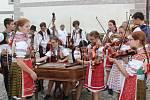 Významnou součástí Svatováclavských slavností je Mezinárodní folklórní festival.
