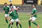 Fortuna divize A 2017/2018 - 1. kolo: MFK Dobříš (černobílé dresy) - FK Slavoj Český Krumlov 1:2 (0:1).