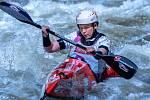 Krumlovská Karolína Paloudová se pilně připravuje na blížící se mistrovství světa kategorie U23 ve sjezdu na divoké vodě.