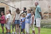 Děti z krumlovské zušky natáčely pod vedením Jiřího Menzla.