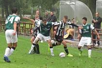 I.A třída dorost – 3. kolo (2. hrané): FK Spartak Kaplice / FK Dynamo Vyšší Brod (bíločerné dresy) – SK Jankov 3:1 (1:0). Foto: Libor Granec