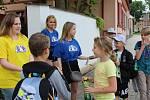 Degustace a porovnání byly možné v letní učebně ve dvoře kaplické střední školy na Linecké.
