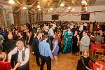 Ples Sboru dobrovolných hasičů ve Velešíně.