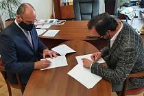 Starosta Českého Krumlova podepsal s insolvenčním správcem smlouvu o koupi čistírny odpadních vod.