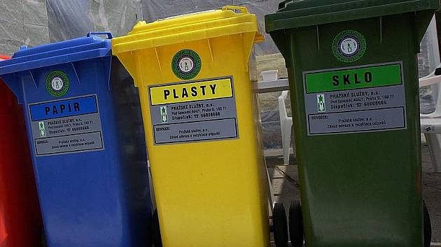Každá domácnost ročně vytvoří kolem 422 kilogramů komunálního odpadu na osobu. A to je hodně.