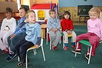 Malý rozpočet školce nebrání v bohatých aktivitách. Děti se také často vydávají za kulturou do Českého Krumlova.