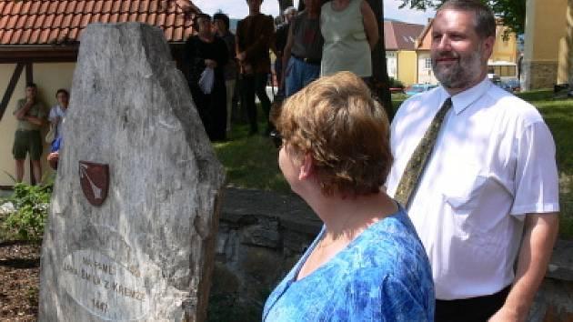 Památník Jana Smila byl odhalen.
