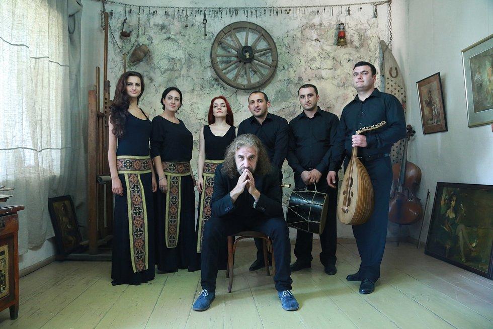 S arménskou kapelou Naghash Ensemble se můžete setkat osobně na debatě. Poté vystoupí s Jihočeskou filharmonií.