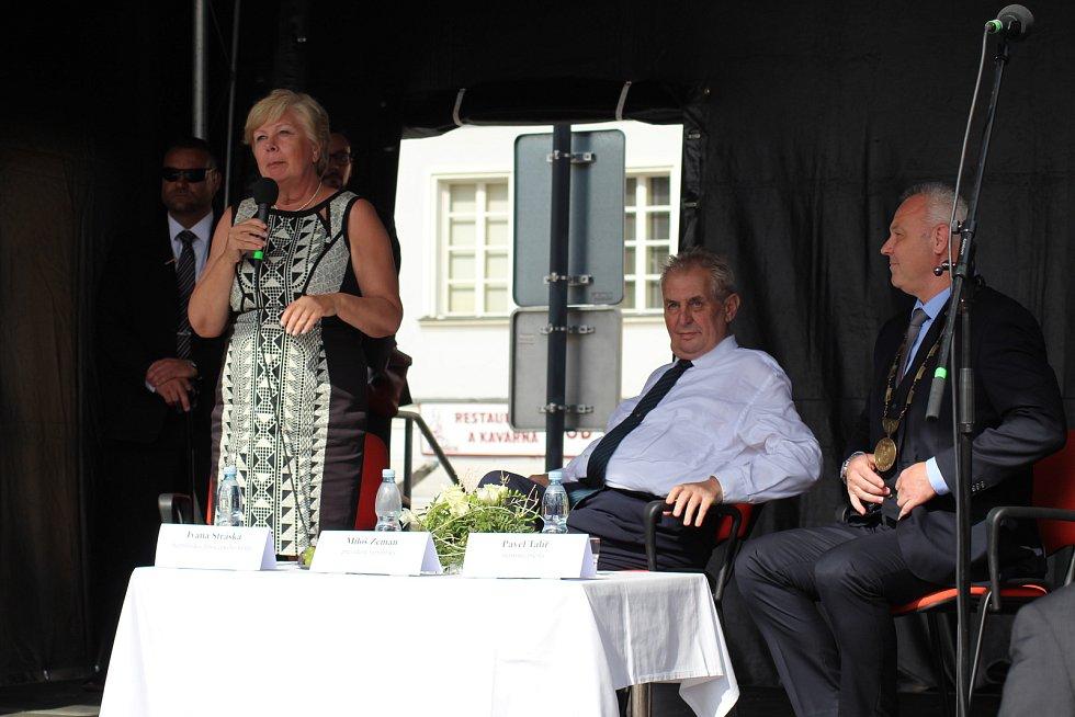 Prezident Miloš Zeman měl v Kaplici četné publikum.