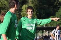 Premiérový mistrovský gól za první tým zaznamenal teprve devatenáctiletý obránce Martin Svoboda, který se do týnské sítě trefil dokonce dvakrát.