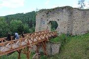 Na hradě Pořešíně se vařilo a hodovalo.