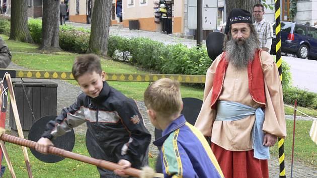 Sobotní pouť ve Vyšším Brodě si užili i nejmenší návštěvníci.