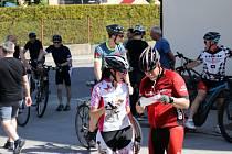 Letošní účastníci Kolem kolem Kaplicka měli na výběr tři trasy podle obtížnosti. Všechny nakonec končily na zřícenině hradu Pořešín, kde na cyklisty čekalo občerstvení i zábava.