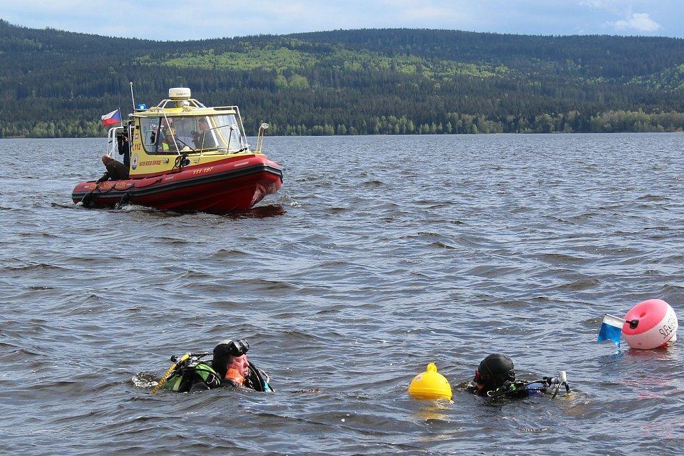 Ilustrační foto. Během letošní sezony záchranáři na Lipně zachránili 12 osob.